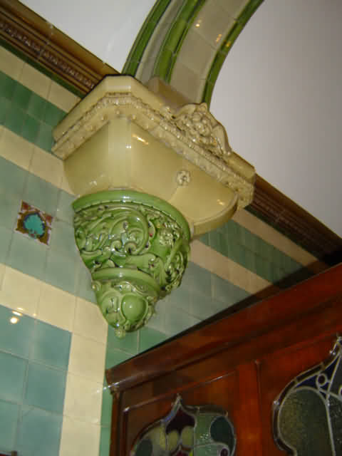 Earthenware corbel