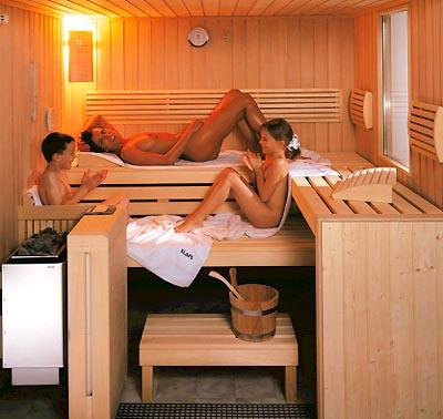 фото голые семьи в бане